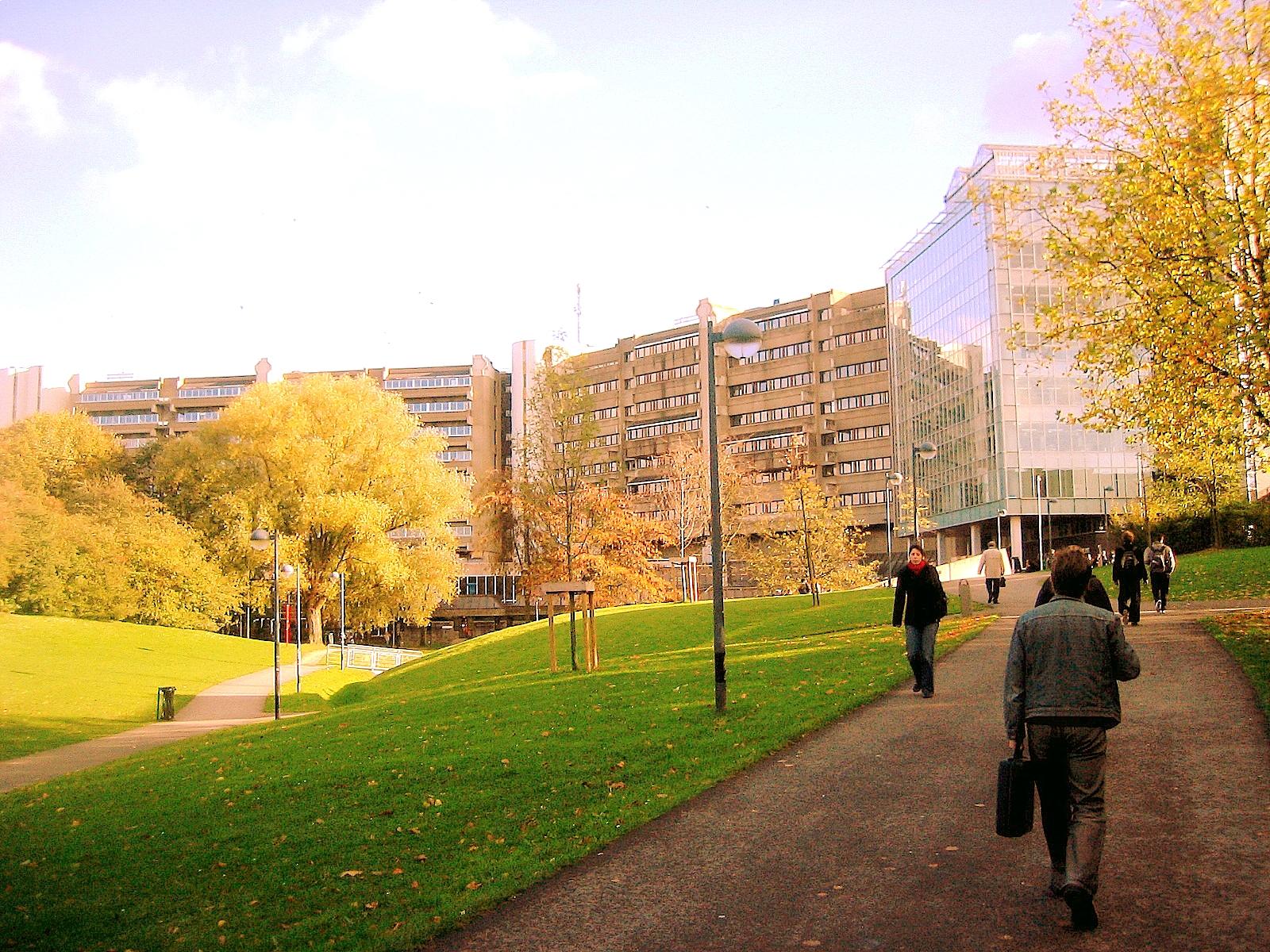 Khuôn viên trường Vrije Universiteit Brussel
