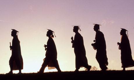 Ước mơ du học và cánh cổng trường đại học trong nước