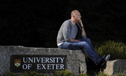 Đại học Anh cảnh báo về việc hạn chế nhập cảnh