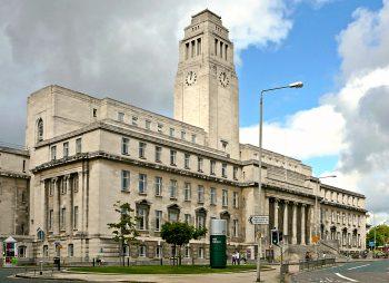 Học bổng bậc đại học từ trường Leeds, Anh 2015