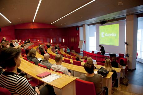 Buổi học tai trường Đại học Khoa học ứng dụng Karelia