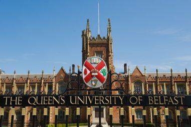 Học bổng 100% học phí  từ Queen's University Belfast, Anh 2015