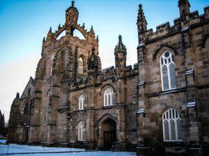Học Bổng Tiến Sĩ Elphinstone, Đại Học Aberdeen, Vương Quốc Anh năm 2015 dành cho sinh viên quốc tế.