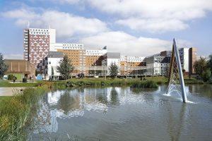 Học bổng của Hiệu trưởng trường Công nghệ và Khoa học Ứng dụng, Đại học Aston, Vương quốc Anh năm 2015 dành cho sinh viên quốc tế.