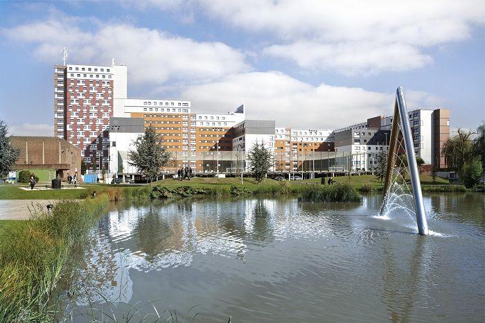 Học bổng Thạc sĩ của Trường Công nghệ và Khoa học Ứng dụng, Đại học Aston, Anh năm 2015
