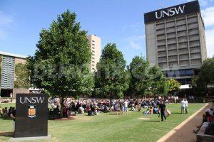 Học bổng Nghiên cứu Quốc tế của Đại học New South Wales, Úc năm 2016.