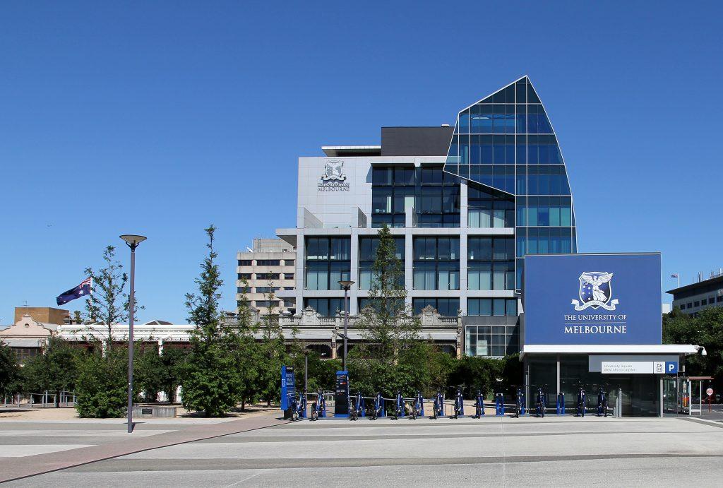 Học bổng Quản trị quốc tế của trưởng khoa tại trường Melbourne Business , Australia 2016