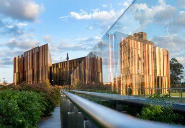 Đại học Macquarie, Úc