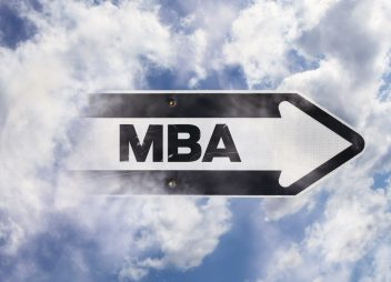 Học bổng MBA Inspiring Women từ Imperial College Business School, Anh, 2017