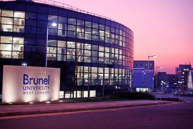 10 suất học bổng MBA toàn thời gian của Đại học Brunel London, Anh quốc dành cho sinh viên quốc tế năm học 2016-2017