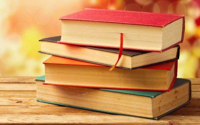 Làm thế nào để tiết kiệm tiền sách vở ở trường?