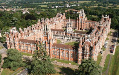 Học bổng xuất sắc, Royal Holloway, ĐH London, Anh, 2017