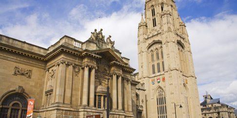 Học bổng Tài chính và Kế toán, Bậc Thạc sĩ, Đại học Bristol, Anh Quốc, 2019