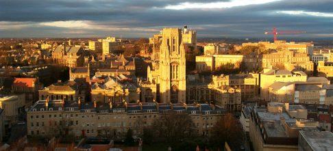 Học bổng Thing Big IFP, Bậc dự bị, Đại học Bristol, Anh Quốc, 2019