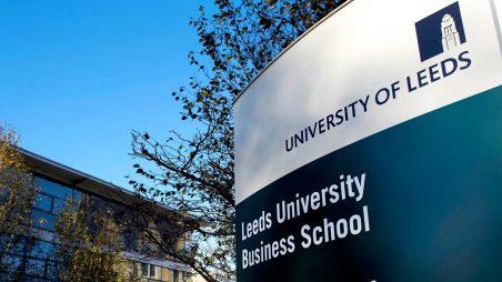 Học bổng Tiến sĩ của trường Kinh doanh Đại học Leeds, Anh, 2017