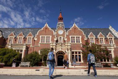 Học bổng Cử nhân của Đại học Lincoln, New Zealand, 2017