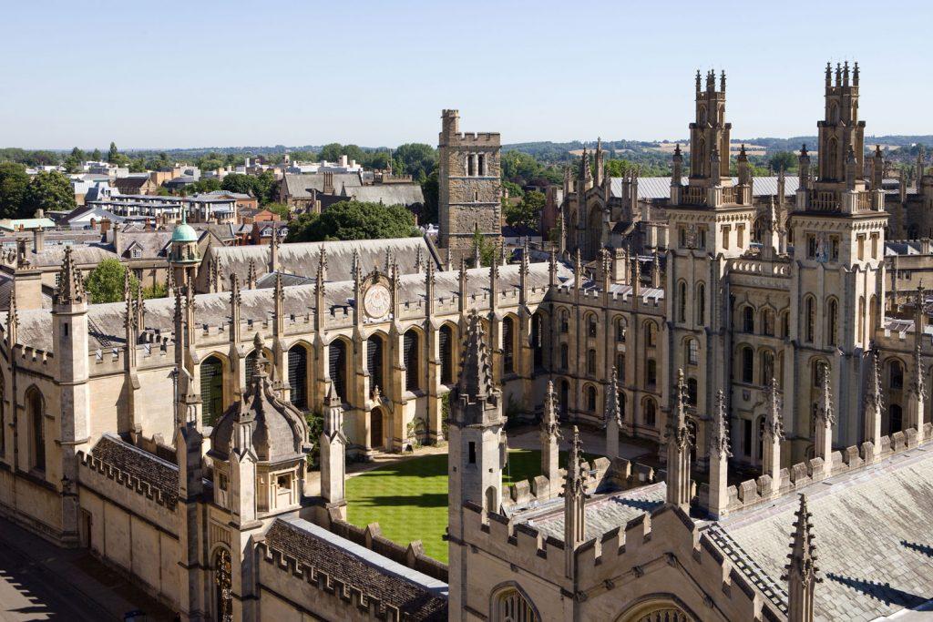 Oxford Royale Academy ORA adults-school-bg