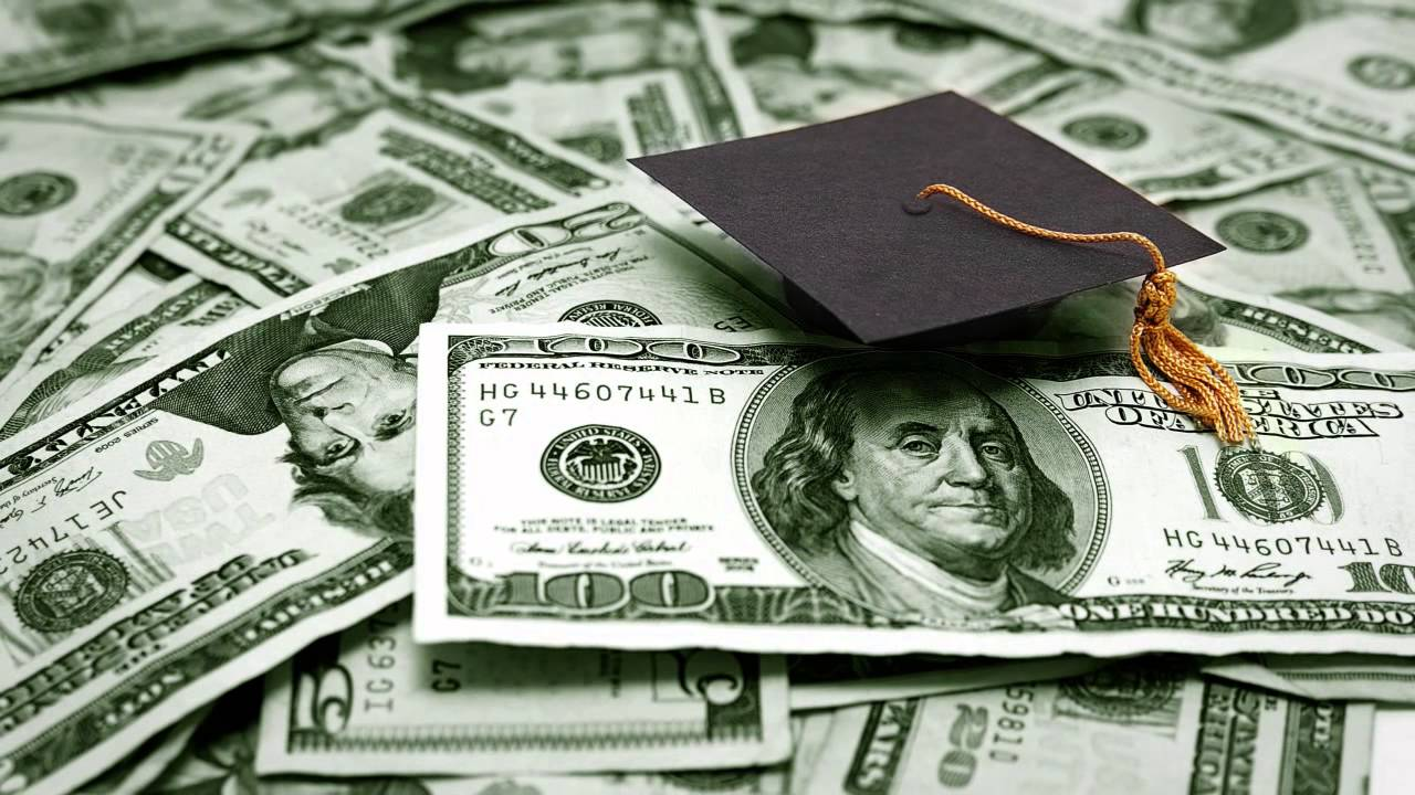 Save-and-Make-Money-as-a-College-Student