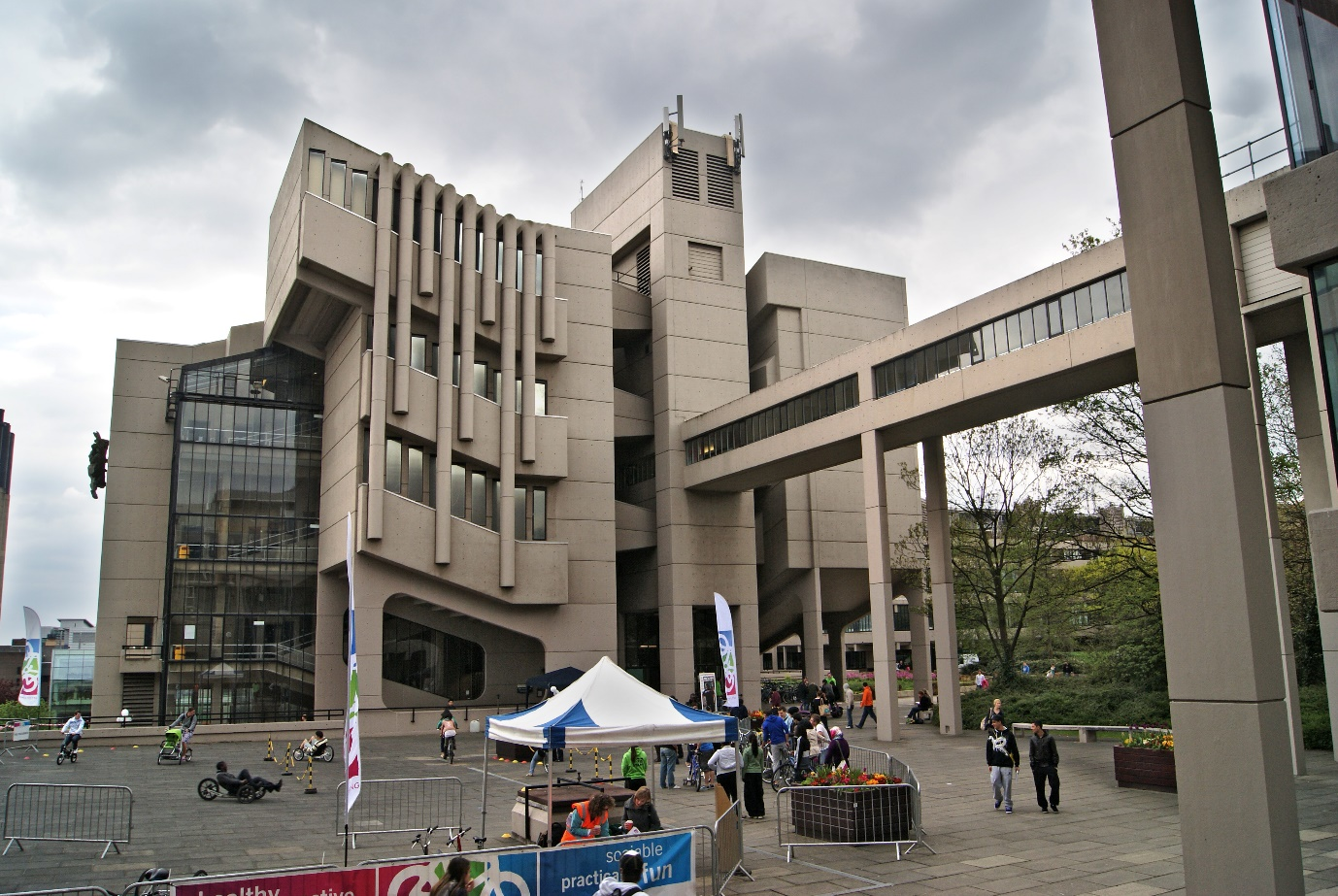 university of leeds_englands (3)