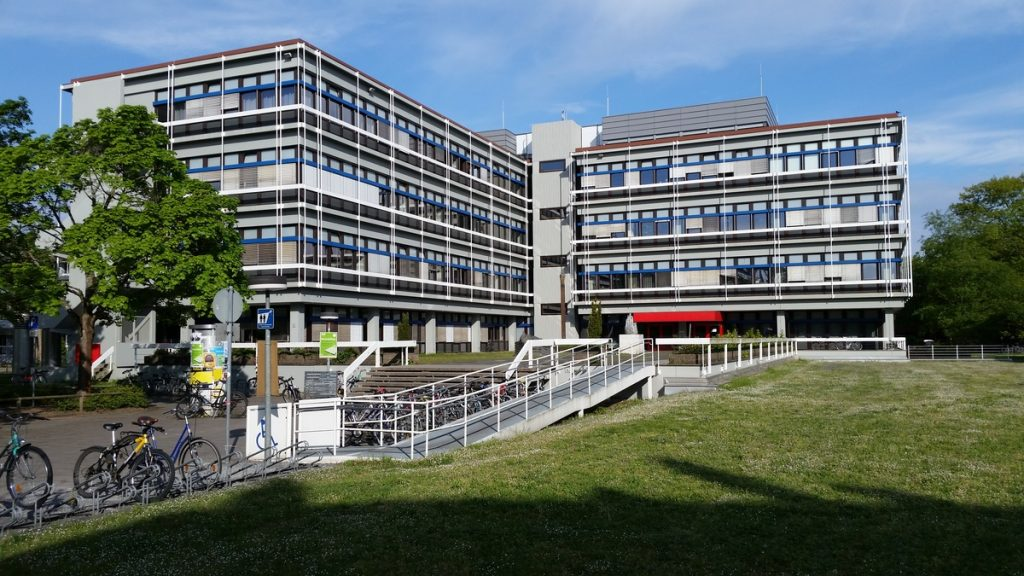 Học viện công nghệ Karlsruhe, Đức