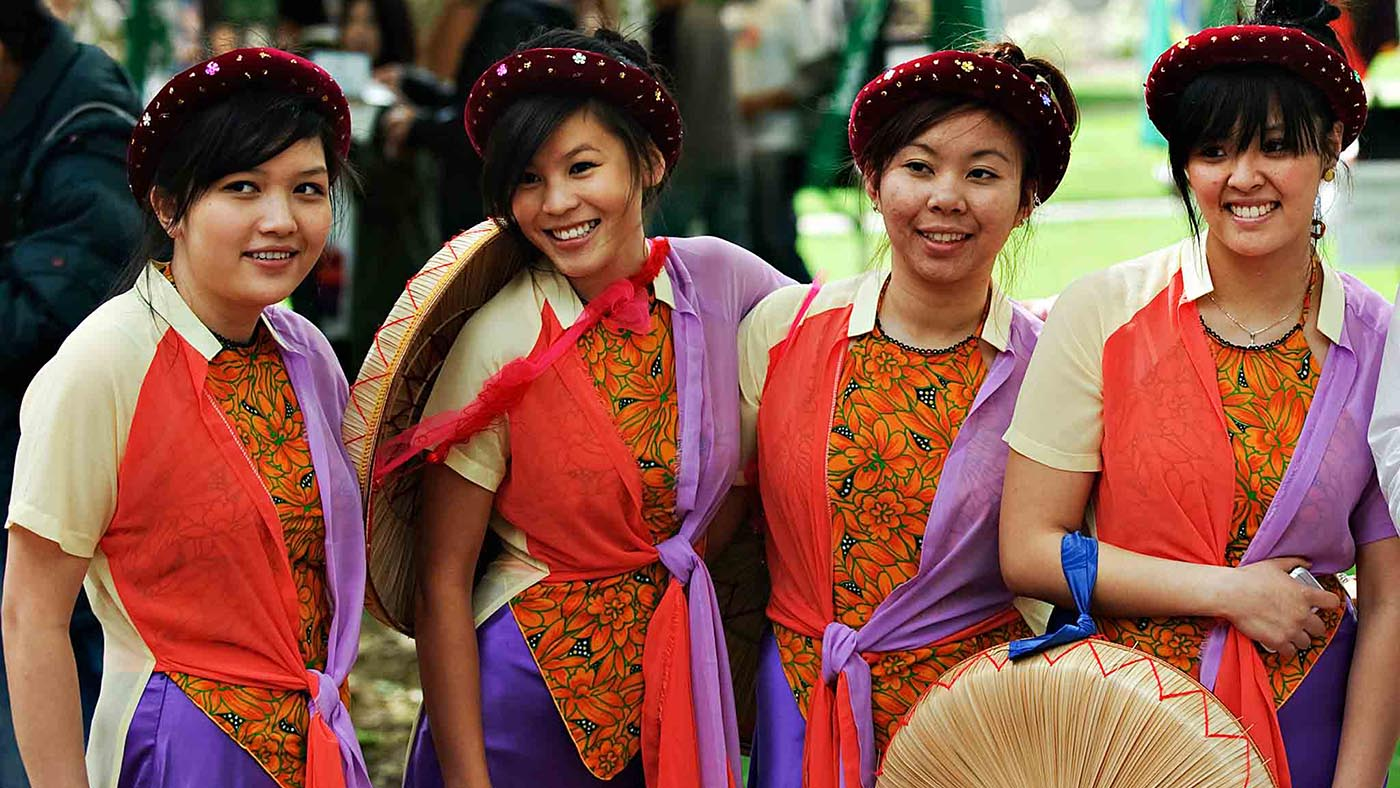 INTO-OSU-intro-international-females-dressed-in-native-attire