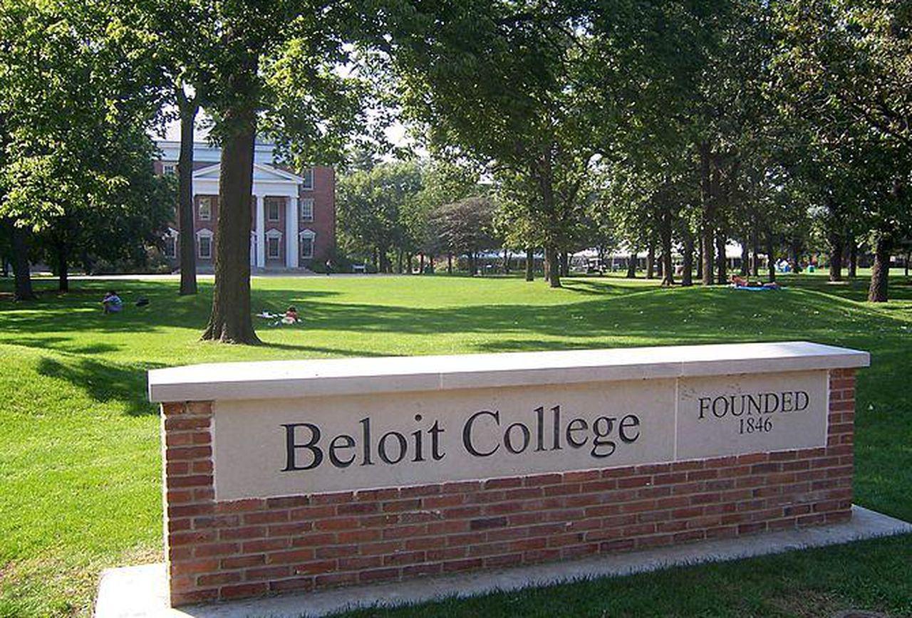 https_blogs-images.forbes.comjmaureenhendersonfiles201408670px-beloit_college_sign
