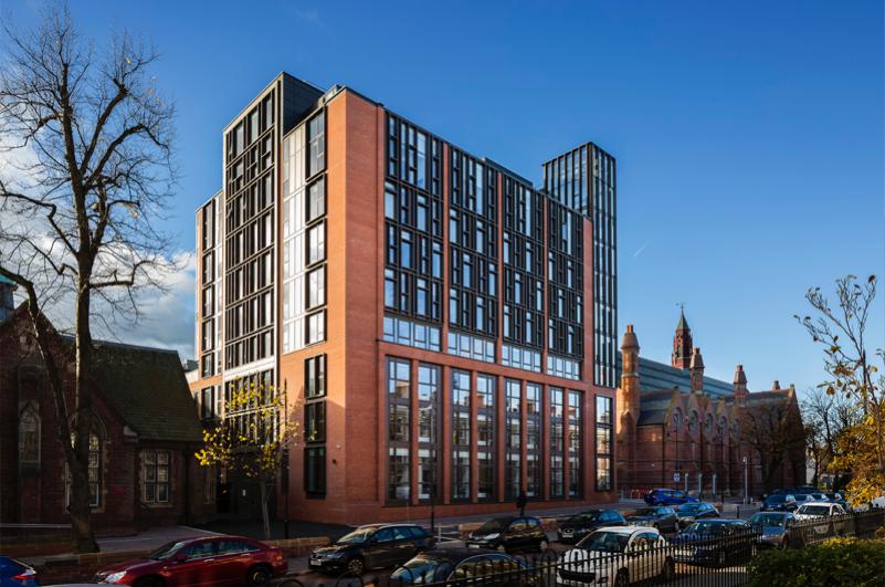 5 Queen's University Belfast