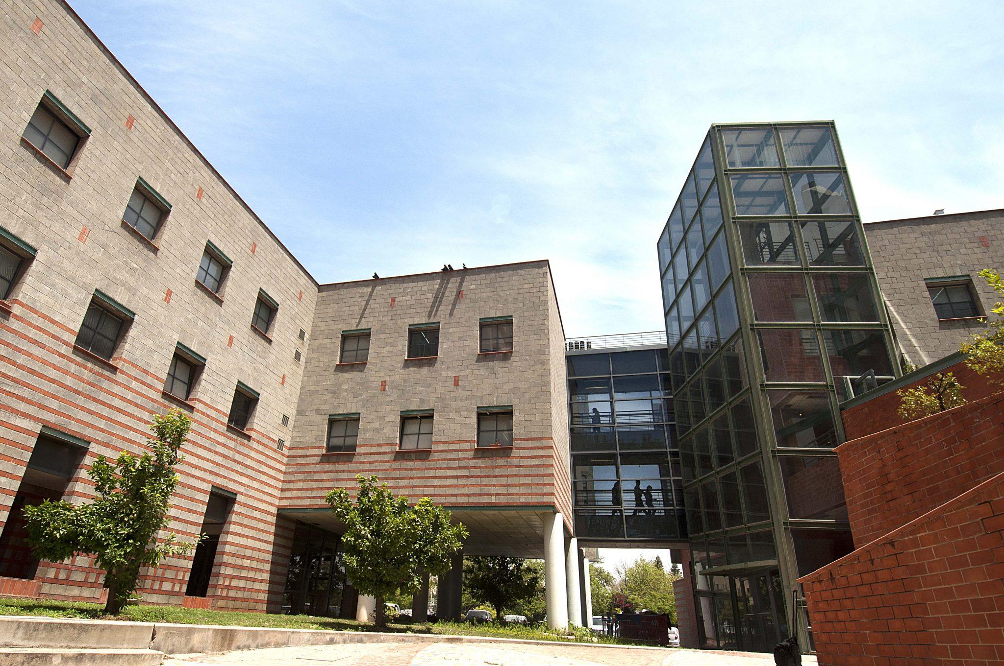 Tel Aviv University 12