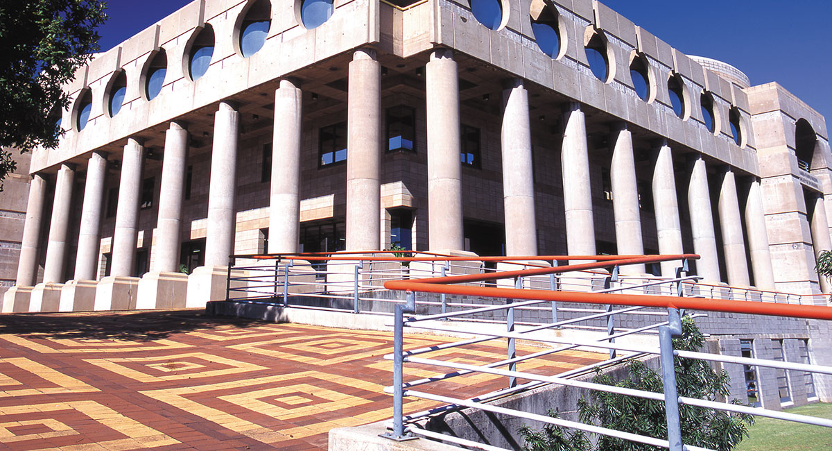 Wits University Chamber of Mines Building -Poulos