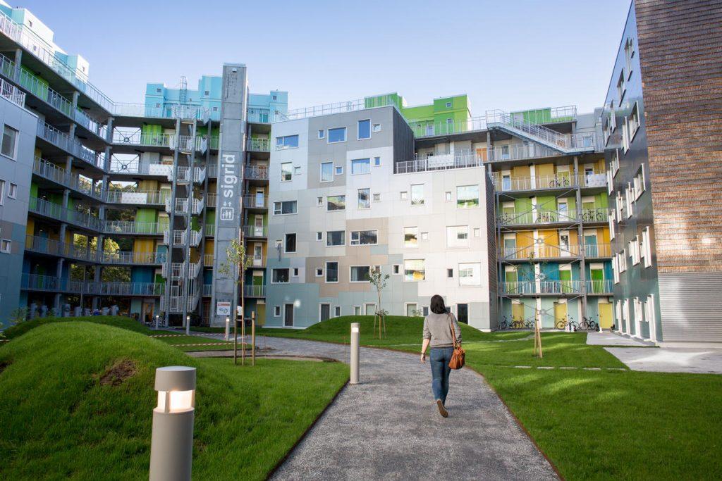 Bergen, oktober 2013: Studenter og studiemiljø ved Universitetet i Bergen. FOTO: EIVIND SENNESET