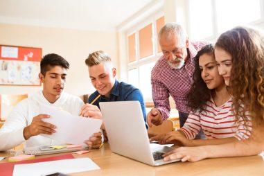 Tại sao tò mò là phẩm chất quan trọng đối với sinh viên hàng đầu?