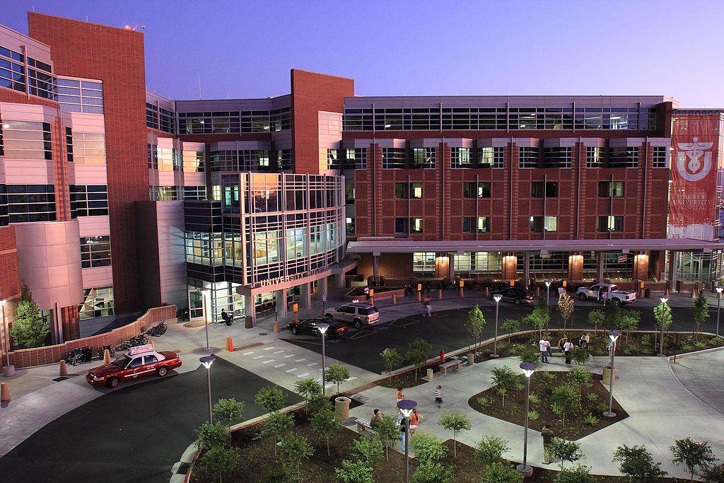 University_of_Utah_Hospital_in_2009