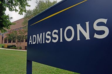 5 Chiến Lược Kinh doanh Đẩy mạnh Tuyển Sinh Các Trường Đại Học Có Thể Áp Dụng